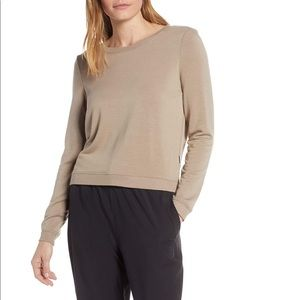 NWT Good American taupe plunge back pullover 0